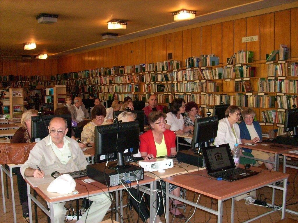 Трето обучение за възрастни граждани в Хасково