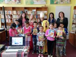Приемане на първокласниците за читатели в библиотеката