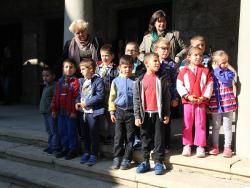 """Награждаване на най-четящите деца в инициативата """"Ела в библиотеката"""""""