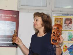 """Представяне """"Лицата на Филипините"""" на варненската журналистка Наталия Бояджиева в Регионална библиотека """"П. Р. Славейков"""""""