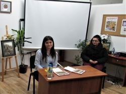 "photo of Йоана Йорданова представи пред габровци своя дебютен роман ""Звезден мрак"""