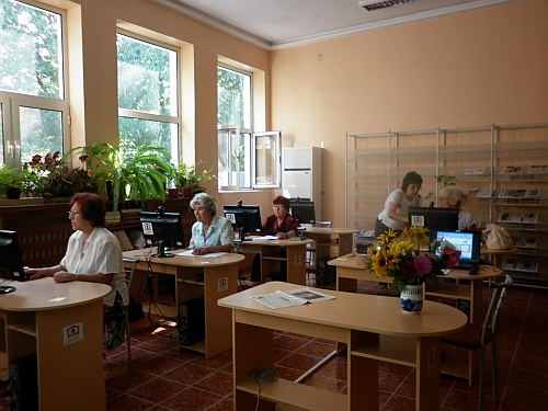 Retired_People_Training_Karlovo_August_2011_small.jpg